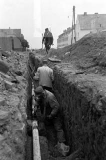 ARH NL Dierssen 1135/0014, Bau der Kanalisation in der Schulstraße, Springe, 1951