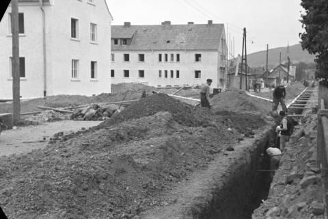 ARH NL Dierssen 1136/0005, Bau der Kanalisation in der Schulstraße, Springe, 1951