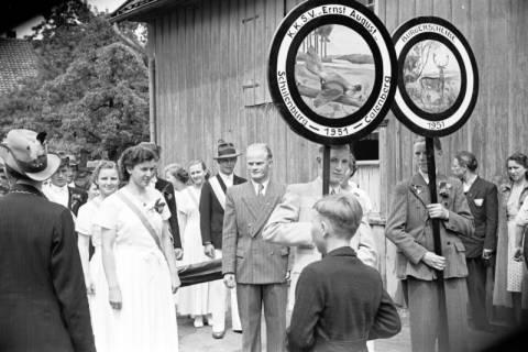 ARH NL Dierssen 1138/0011, Schützenfest, Schulenburg, 1951