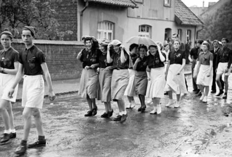 ARH NL Dierssen 1138/0020, Schützenfest, Schulenburg, 1951