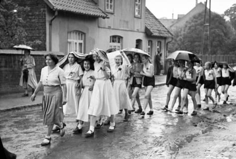 ARH NL Dierssen 1138/0021, Schützenfest, Schulenburg, 1951
