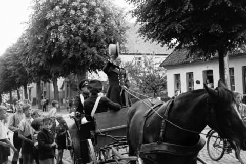 ARH NL Dierssen 1140/0015, Ausrufer der Grenzbegehung, Springe, 1951