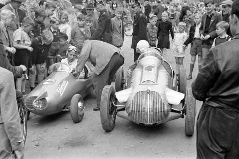 ARH NL Dierssen 1141/0011, Seifenkistenrennen, Hildesheim, 1951
