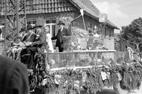 ARH NL Dierssen 1141/0016, Sportfest, Eimbeckhausen, 1951