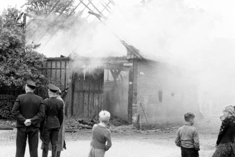 ARH NL Dierssen 1141/0023, Scheunenbrand, Bennigsen, 1951