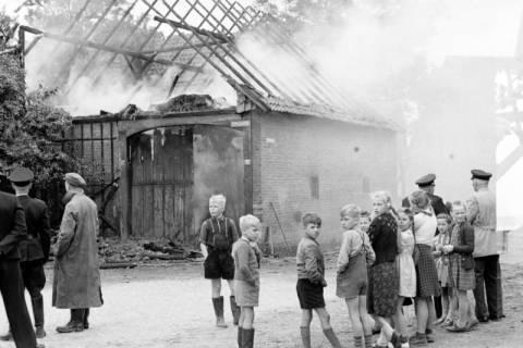 ARH NL Dierssen 1141/0024, Scheunenbrand, Bennigsen, 1951