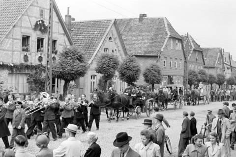 ARH NL Dierssen 1142/0009, Schützenfest, Eldagsen, 1951