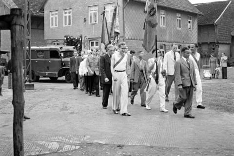 ARH NL Dierssen 1142/0014, Schützenfest, Eldagsen, 1951