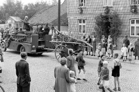 ARH NL Dierssen 1142/0016, Schützenfest, Eldagsen, 1951