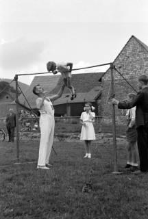 ARH NL Dierssen 1147/0009, Kreissportfest, Springe, 1951
