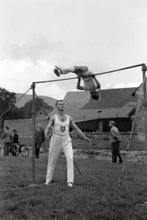 ARH NL Dierssen 1147/0010, Kreissportfest, Springe, 1951