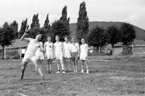 ARH NL Dierssen 1147/0015, Kreissportfest, Springe, 1951
