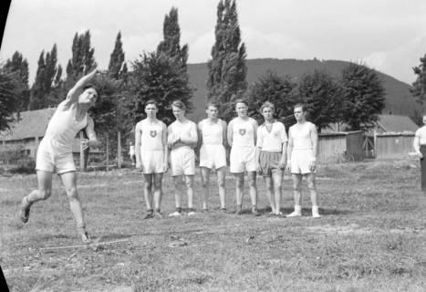ARH NL Dierssen 1147/0016, Kreissportfest, Springe, 1951
