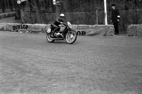 ARH NL Dierssen 1151/0020, Eilenriederennen, Hannover, 1951