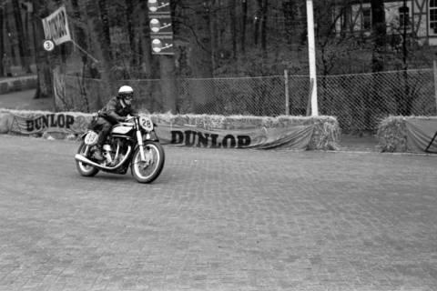 ARH NL Dierssen 1151/0027, Eilenriederennen, Hannover, 1951