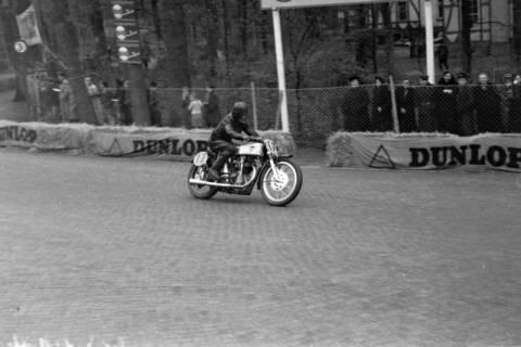 ARH NL Dierssen 1152/0004, Eilenriederennen, Hannover, 1951