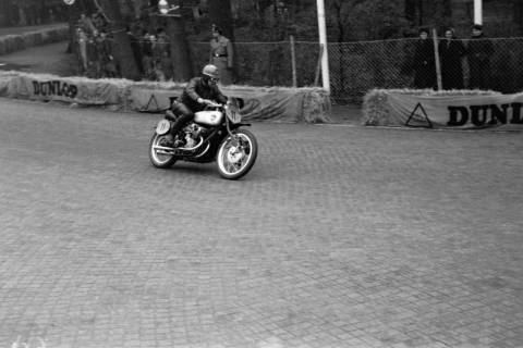 ARH NL Dierssen 1152/0007, Eilenriederennen, Hannover, 1951