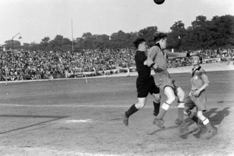 ARH NL Dierssen 1159/0002, Fußball, Hannover, 1951