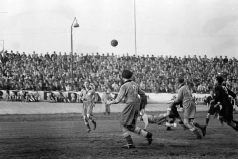 ARH NL Dierssen 1159/0008, Fußball, Hannover, 1951