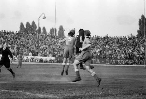 ARH NL Dierssen 1159/0010, Fußball, Hannover, 1951