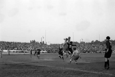 ARH NL Dierssen 1159/0011, Fußball, Hannover, 1951