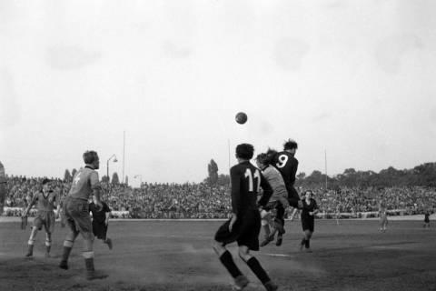 ARH NL Dierssen 1159/0012, Fußball, Hannover, 1951