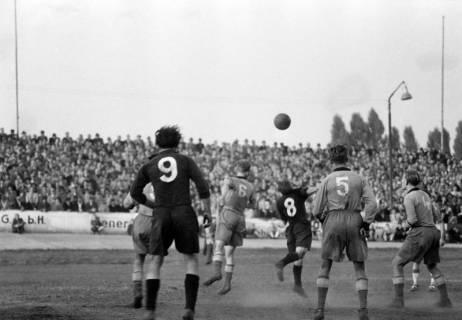 ARH NL Dierssen 1159/0015, Fußball, Hannover, 1951
