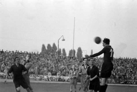 ARH NL Dierssen 1159/0016, Fußball, Hannover, 1951