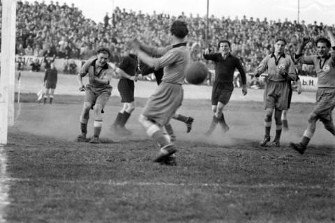 ARH NL Dierssen 1159/0018, Fußball, Hannover, 1951
