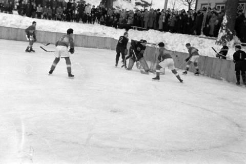 ARH NL Dierssen 1172/0006, Deutsche Jugendmeisterschaft in Eishockey, Clausthal-Zellerfeld, 1952