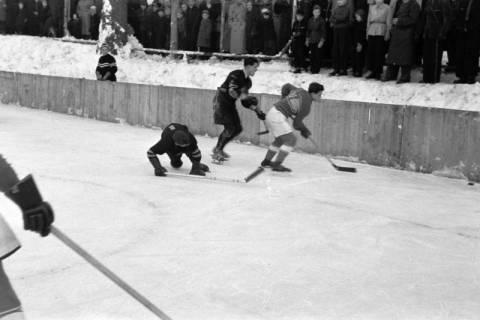 ARH NL Dierssen 1172/0007, Deutsche Jugendmeisterschaft in Eishockey, Clausthal-Zellerfeld, 1952