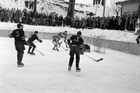 ARH NL Dierssen 1172/0012, Deutsche Jugendmeisterschaft in Eishockey, Clausthal-Zellerfeld, 1952