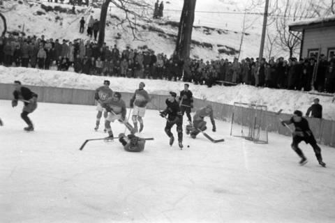 ARH NL Dierssen 1172/0013, Deutsche Jugendmeisterschaft in Eishockey, Clausthal-Zellerfeld, 1952