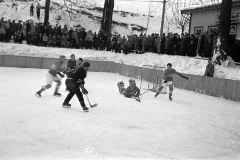 ARH NL Dierssen 1172/0014, Deutsche Jugendmeisterschaft in Eishockey, Clausthal-Zellerfeld, 1952