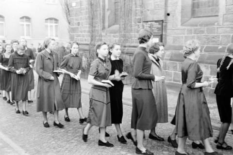 ARH NL Dierssen 1175/0027, Konfirmation, Hannover, 1952