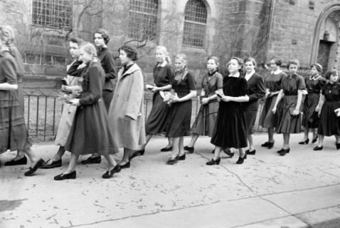 ARH NL Dierssen 1176/0001, Konfirmation, Hannover, 1952