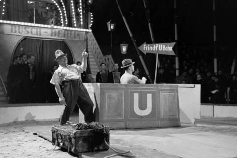 """ARH NL Dierssen 1178/0018, """"Frindt's U-Bahn"""" im Cirkus Busch aus Berlin, Seesen, 1952"""