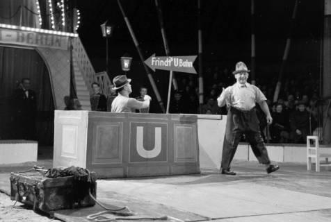 """ARH NL Dierssen 1178/0019, """"Frindt's U-Bahn"""" im Cirkus Busch aus Berlin, Seesen, 1952"""