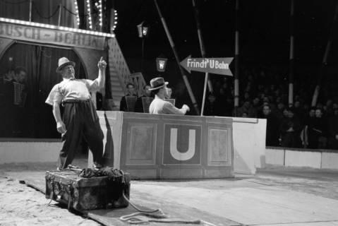 """ARH NL Dierssen 1178/0020, """"Frindt's U-Bahn"""" im Cirkus Busch aus Berlin, Seesen, 1952"""