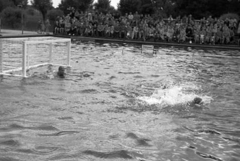 ARH NL Dierssen 1189/0012, Wasserball Deutschland gegen Schweden, Hannover, 1952