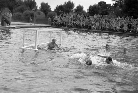 ARH NL Dierssen 1190/0004, Wasserball Deutschland gegen Schweden, Hannover, 1952