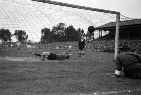 ARH NL Dierssen 1190/0018, VfL Osnabrück gegen Hannover 96, Hannover, 1952