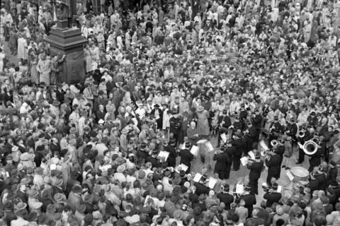 ARH NL Dierssen 1191/0003, Schlesiertreffen, Hannover, 1952
