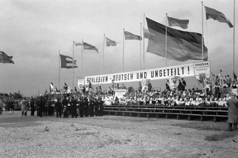 ARH NL Dierssen 1192/0006, Schlesiertreffen, Hannover, 1952