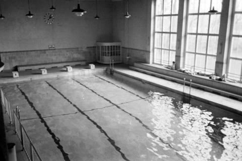 ARH NL Dierssen 1194/0003, Schwimmbad, Reportage, Bad Oeynhausen, 1952
