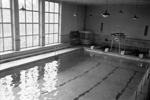 ARH NL Dierssen 1194/0004, Schwimmbad, Reportage, Bad Oeynhausen, 1952