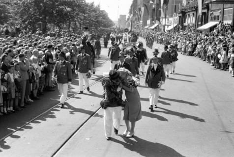 ARH NL Dierssen 1199/0001, Schützenfest, Hannover, 1952