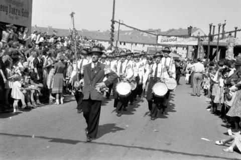 ARH NL Dierssen 1199/0004, Schützenfest, Hannover, 1952