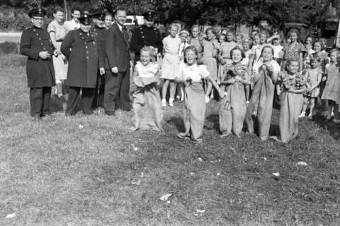 ARH NL Dierssen 1199/0025, Kinderschützenfest, Eldagsen, 1952