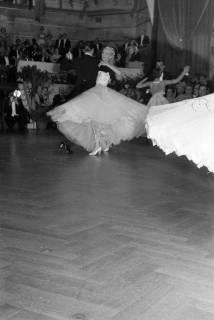 ARH NL Dierssen 1200/0007, Tanztunier, Bad Pyrmont, 1952